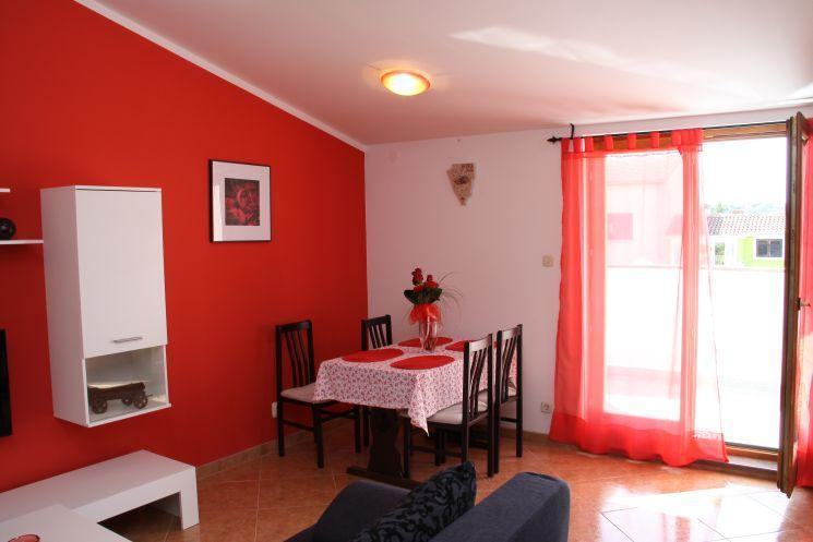 Apartmani Drenovica - A3, holiday rental in Pula