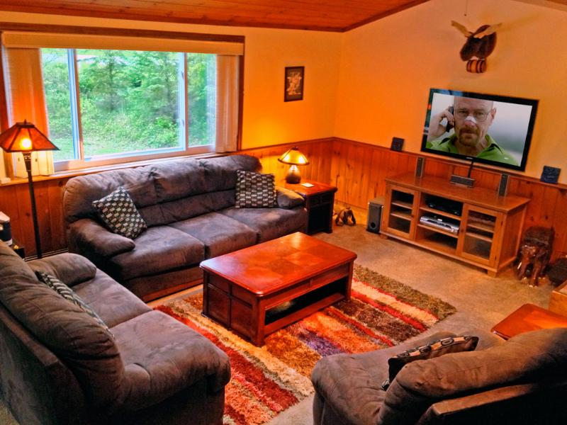 Welcome to our Killington retreat! Relax in the living room. Watch a movie or start a fire.
