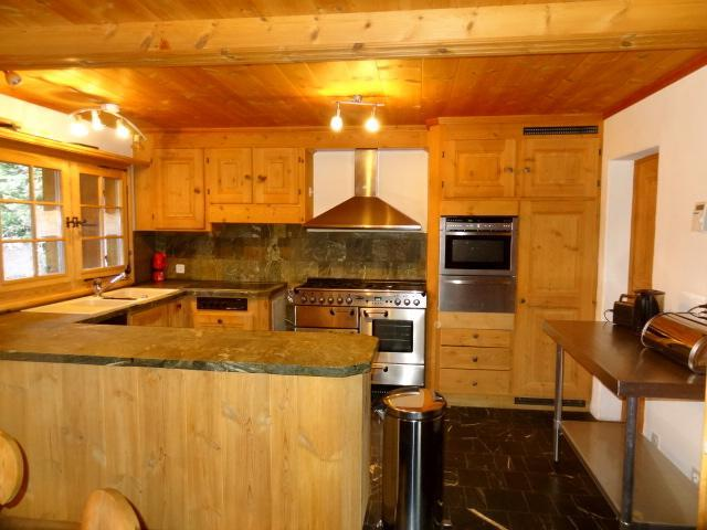 Fully-equipped kitchen for self catering guests