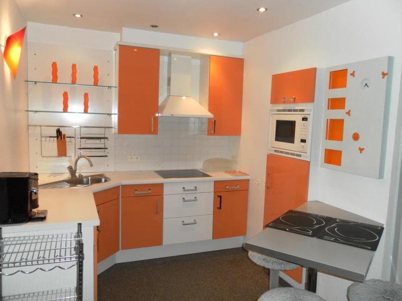 Modern furnished penthouse close to the main market and very quiet, holiday rental in Merksplas
