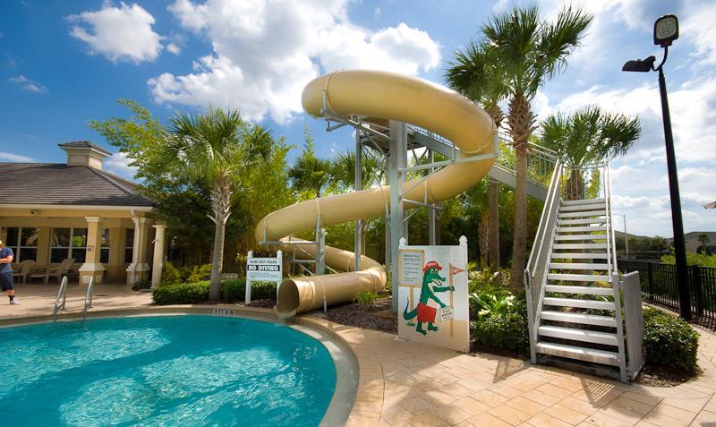 piscina del club house