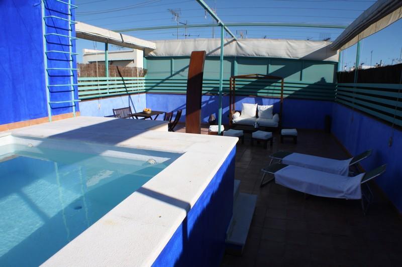 Private Terrasse mit privatem pool