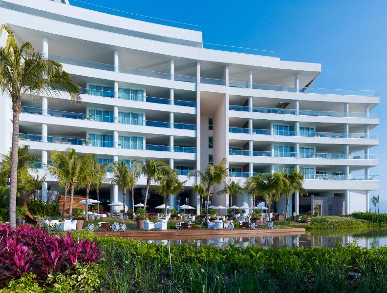The Punta Building on Grupo Vidanta's Nuevo Vallarta Property (Photo by Marten Opladen-AHA Universo)
