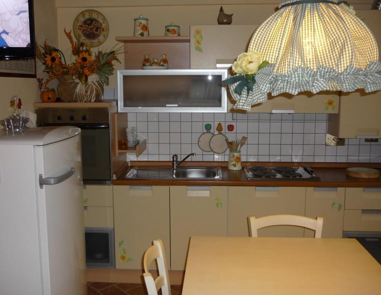 Appartamento vicino a san gimignano, alquiler vacacional en Montalcino