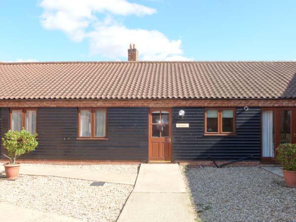 SYCAMORE single-storey, family-friendly, in Fakenham Ref 24359, vacation rental in Billingford