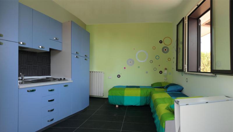 Lovely cozy studio at Nicolosi, Mount Etna, Sicily, holiday rental in Nicolosi