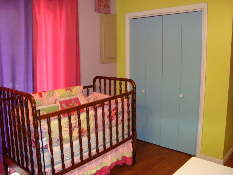 BR niños tiene un pesebre de tamaño completo & ropa de cama; también para los bebés son resistente cochecito, silla alta, pack-n-play