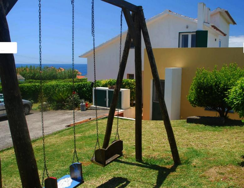 Blue island apartment, vacation rental in Praia do Norte