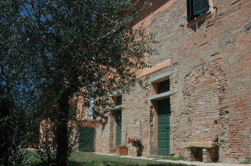 contryhouse near siena: Apartment 2 Person, location de vacances à Guazzino