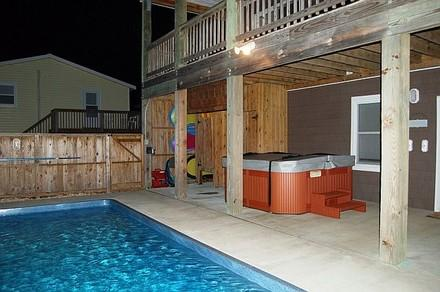 Hot Tub, Outside Shower, Pool Toys