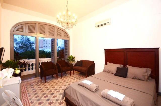 Stylish Saigon Apt - Le Loi St, CBD, holiday rental in Ho Chi Minh City