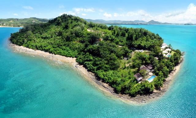 Nam Bo Villa by Lofty - Oceanfront private pool villa with maid and cook, holiday rental in Phuket Town