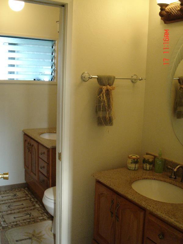 2 Vanities & Sinks like having 2 Bathrooms