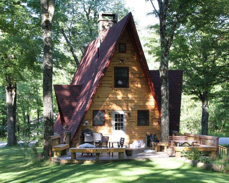 Grat Brook Cottage in summer