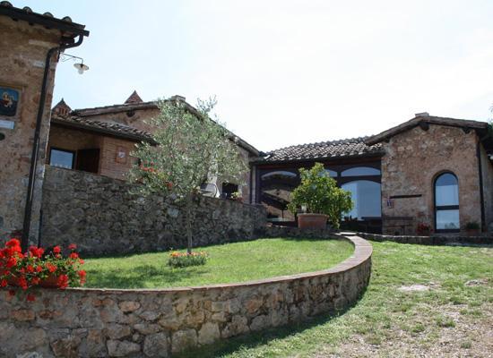 Contryhouse near siena: Apartment 4 Person, location de vacances à Guazzino