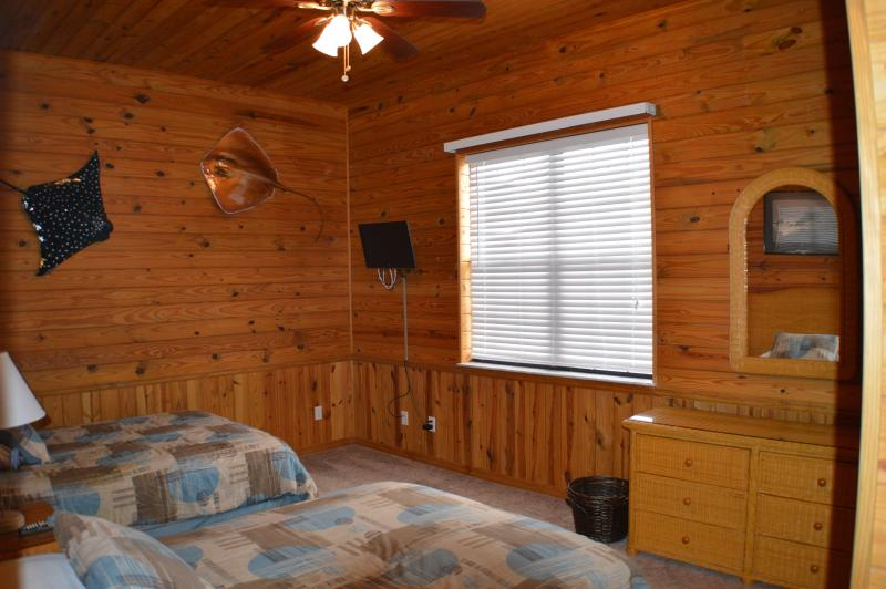 2 ° camera da letto con due letti completo