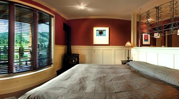 Lodge Suite Blue Mountain quiet escape, alquiler vacacional en Collingwood