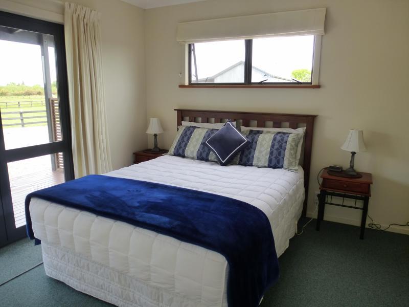 2 Bdrm Family Cottage - Cottages On St Andrews, location de vacances à Hawke's Bay Region