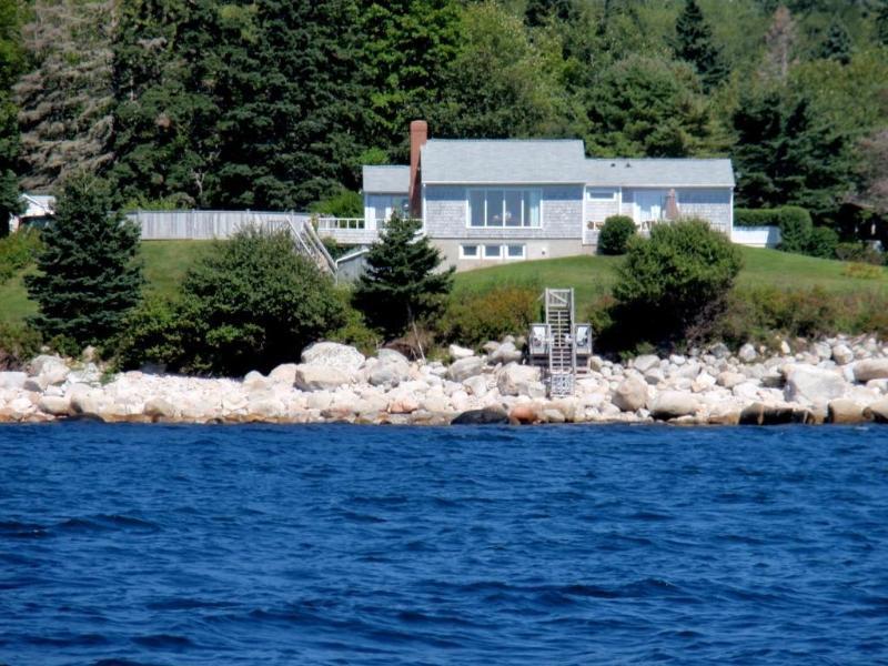 Wondrous Halifax Nova Scotia Oceanfront Vacation Rental Updated 2019 Home Interior And Landscaping Ymoonbapapsignezvosmurscom