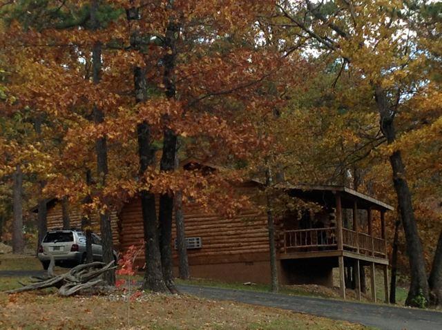 Herfst weergave van kleine hut