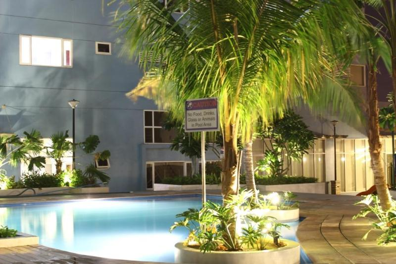 1 br apt/condo @ ridgewood towers taguig city, holiday rental in Luzon