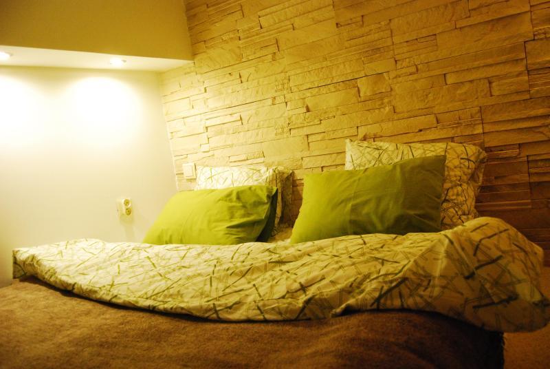 Bed & Breakfast Sielce Warszawa Chelmska antresola, vacation rental in Warsaw