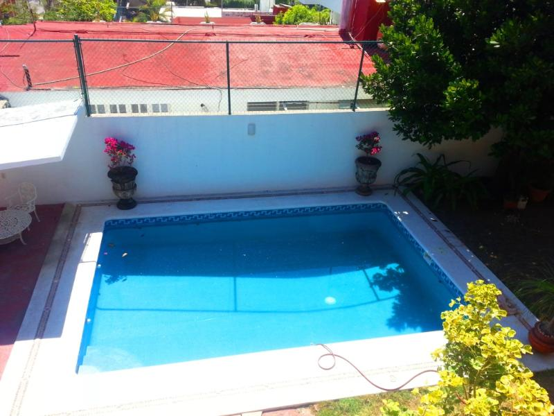 BEAUTIFUL FAMILY HOUSE, holiday rental in Acapulco
