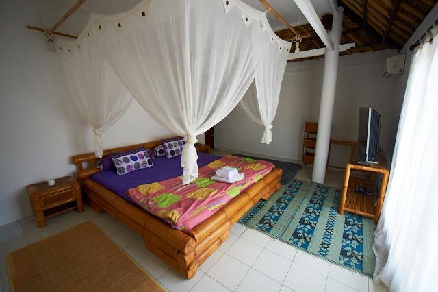 Jimbaran Beachfront 2BR Villa, holiday rental in Jimbaran