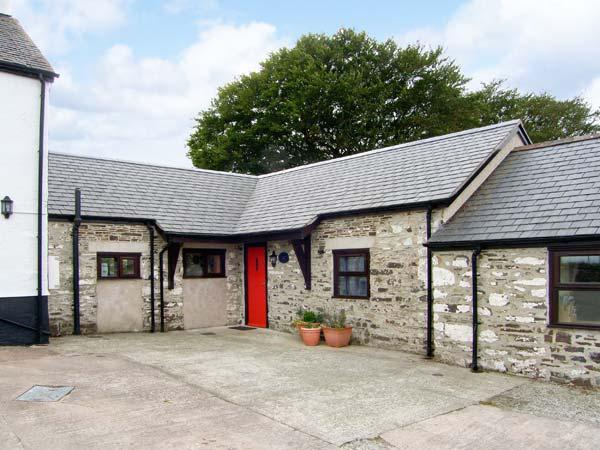 STABLES COTTAGE beautiful countryside, all ground floor, pet-friendly in, location de vacances à Gwytherin