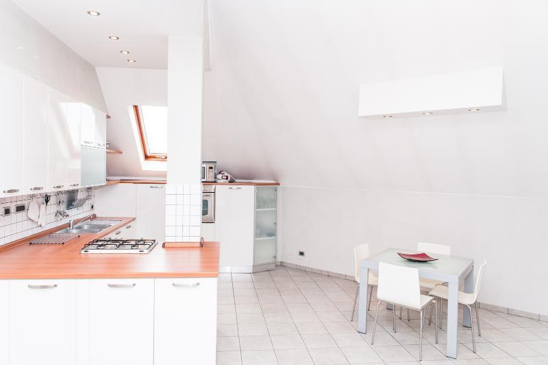 Küche und Esszimmer Platz