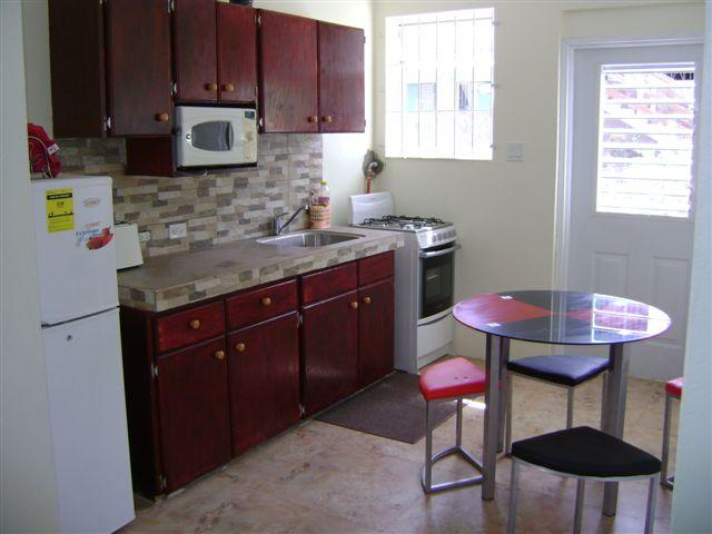 2 Bedroom Apartment, vacation rental in Bridgetown