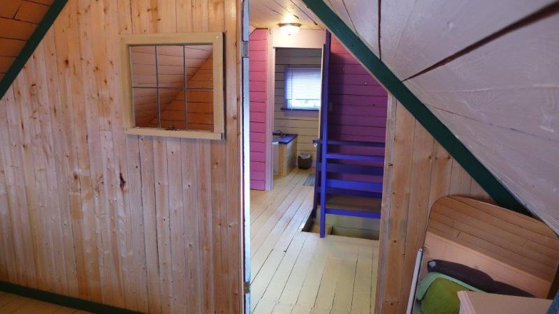 View through the upstair 1/2 storey