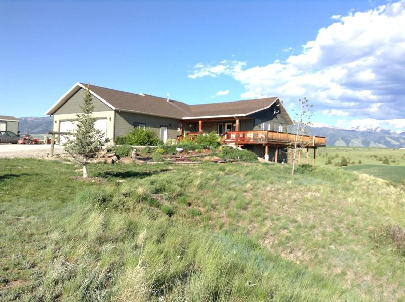 Tlazyj Guest Ranch The Ultimate Montana Experience, holiday rental in Belgrade