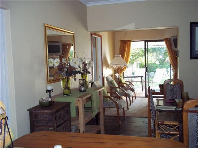 MARTIAL EAGLE TWO BEDROOM, TWO BATHROOM SELF-CATERING COTTTAGE