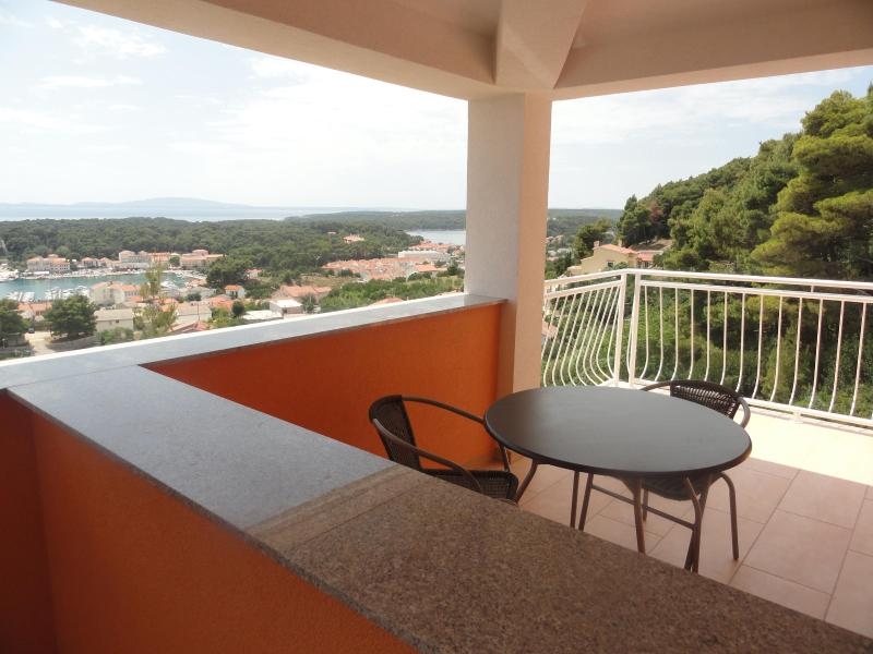 balcony with panoramic views of Old Town, surrounding islands and sea