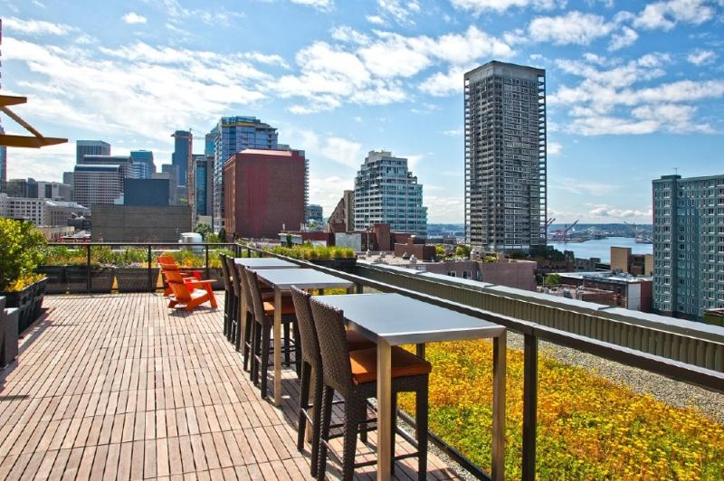 Rooftop Deck with Stunning Views of the City & Water!