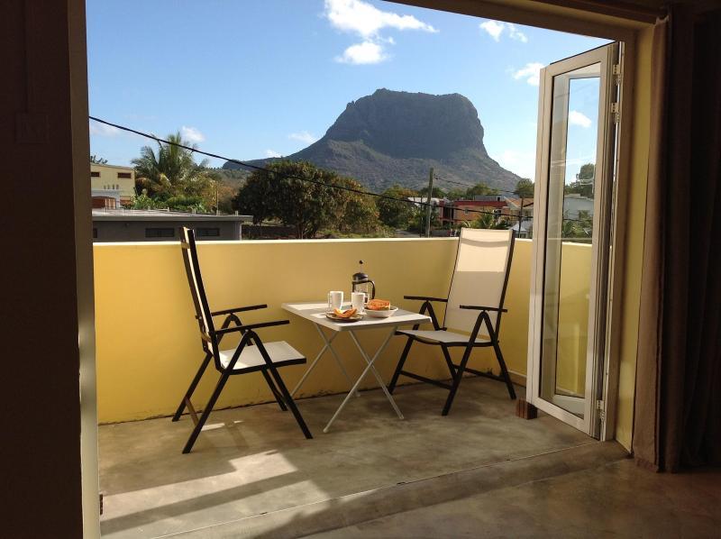 Desayuno en la terraza comedor privada