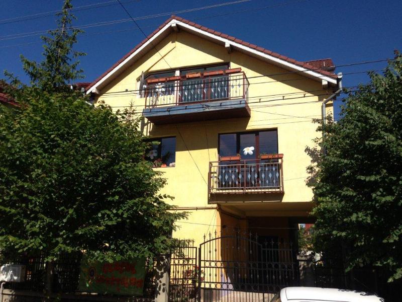 Villa to rent in Sibiu, Romania, holiday rental in Selimbar