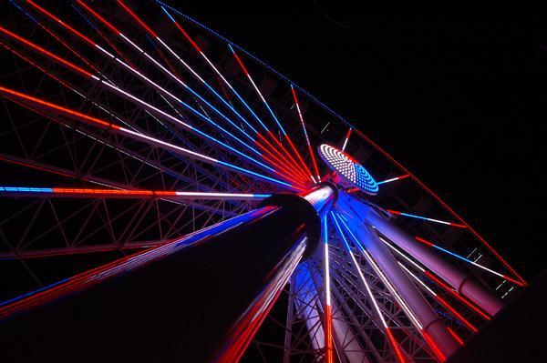 De mooie skywheel ligt in het centrum van Myrtle Beach