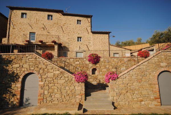 Villa Near Cortona with a Private Pool - Villa Filippo, location de vacances à Pergo