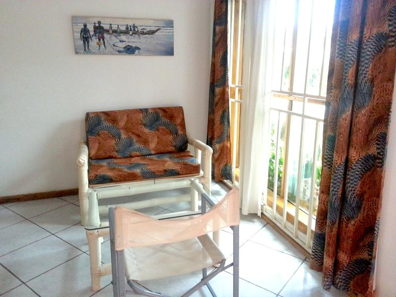 ONE BEDROOM APARTMENT FULLY SERVICED, vacation rental in Achimota
