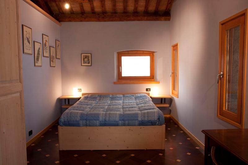 Loft with terrace and private parking, holiday rental in Carpesica