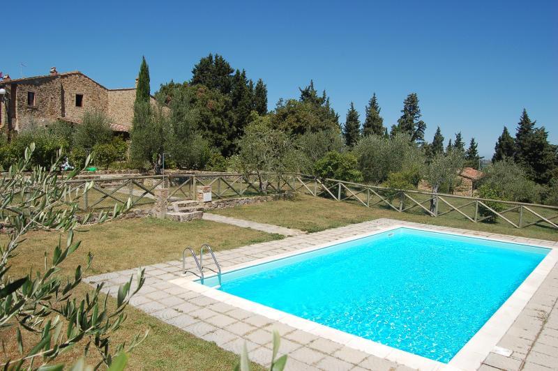 Casa Bonorli Apt BEATRICE, vacation rental in Barberino Val d'Elsa