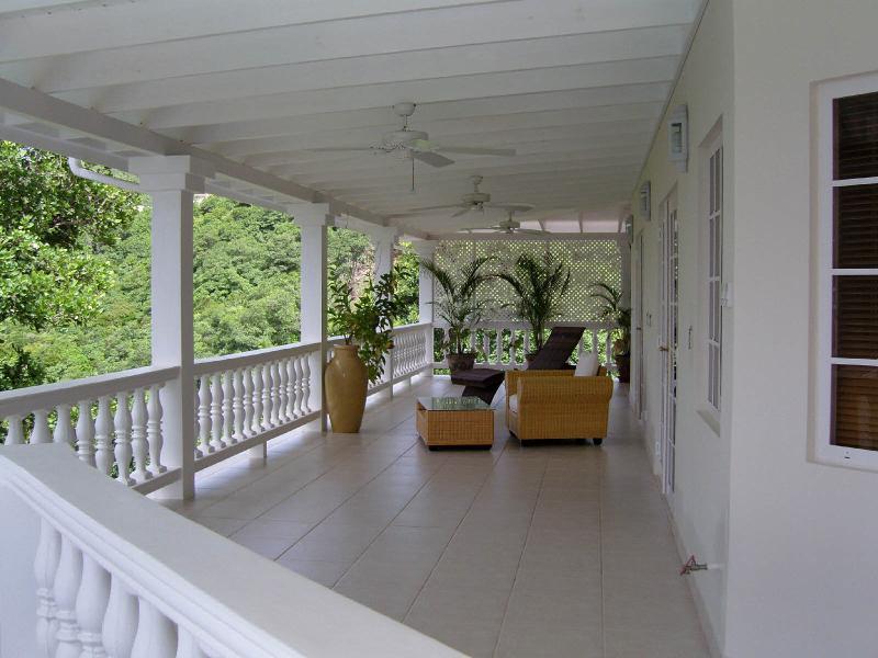 Whispers Wraparound Balcony