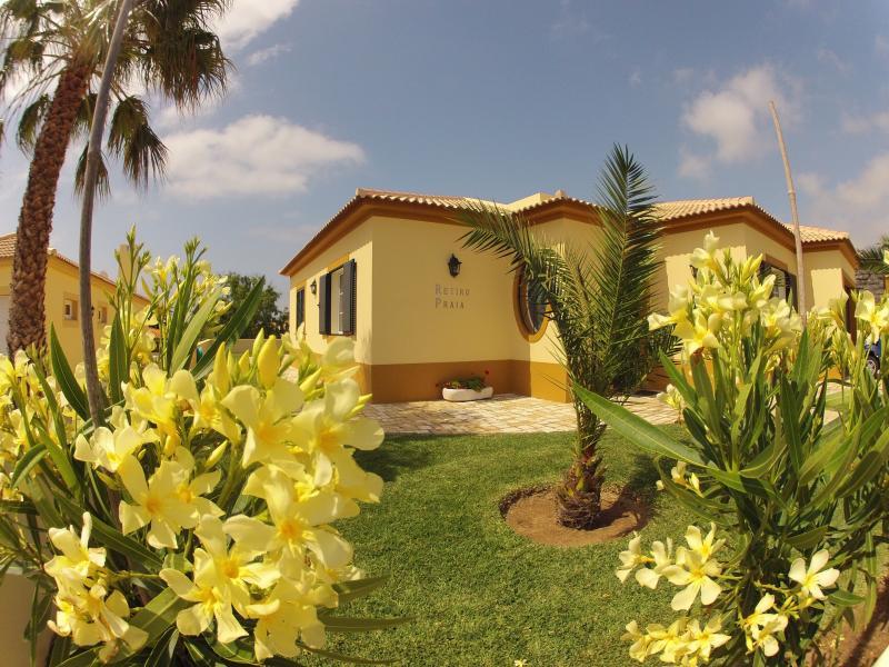 Casa do Retiro Praia located in a luxury condo 100 meters from the beach