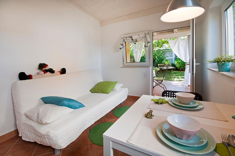 Garden cottage - place to fall in love wit, vacation rental in Ljubljana