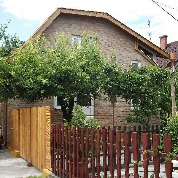 Rózsa Guest House, apartmen, studio in Kalocsa, Hungary, holiday rental in Kiskoros