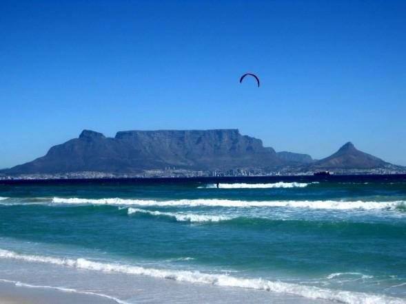 Sea View Zeezicht ( Special in bloubergstrand), vacation rental in Mowbray