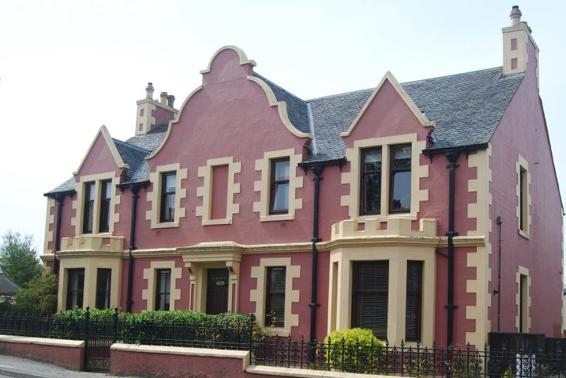 Cairn Dhu House, Stornoway Apartment