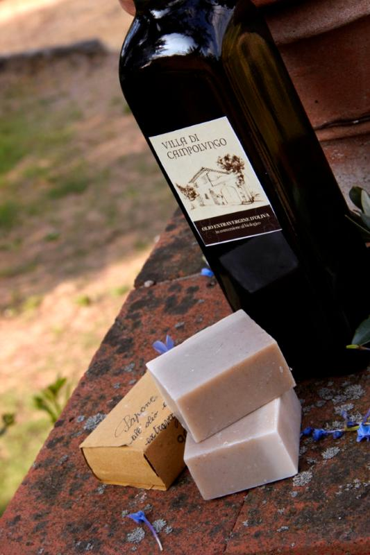 Organisc extravirgin olive oil and handmade soap from the villa